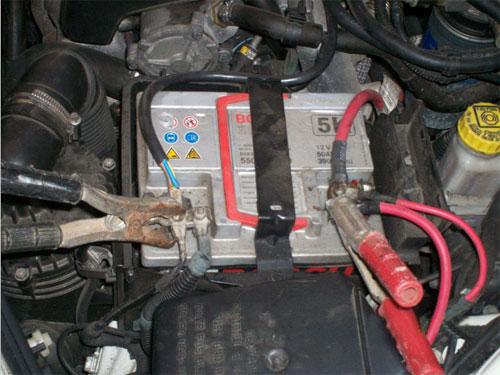 [Ricarica batteria auto] occorre scollegare i mosetti?  SicurAUTO.it Forum